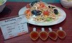 เมนูส้มตำไทยใส่ปู มีโซเดียมมากถึง 1,520 มิลลิกรัม หรือน้ำปลาราว 5 ช้อนชา